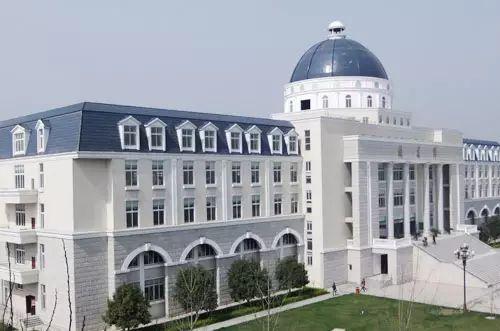 成都最美高校图书馆大比拼!谁是你心中的学习圣地?