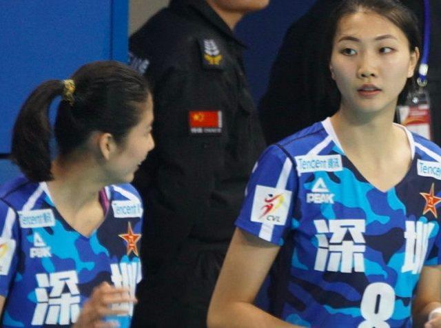 金软景中国夺冠挡不住了?女排四高手被打趴,五争冠对手各有软肋