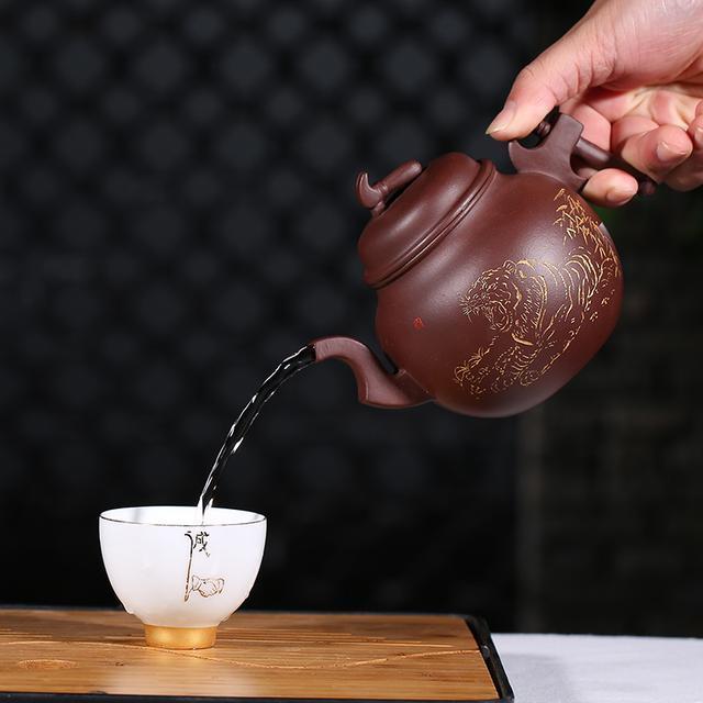 性价比超值的茶具套装,全手工制作的紫砂壶,砂养人,人养砂,清茶静心