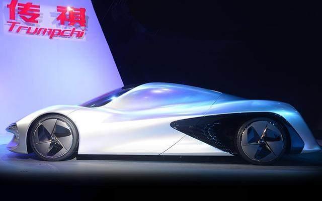 比法拉利还炫的国产超跑,奔驰设计师操刀,能无人驾驶不烧一滴油