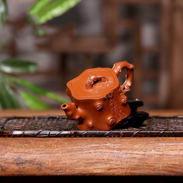 色泽复古圆润,花纹栩栩如生,懂行的都知道这些茶壶品质超高