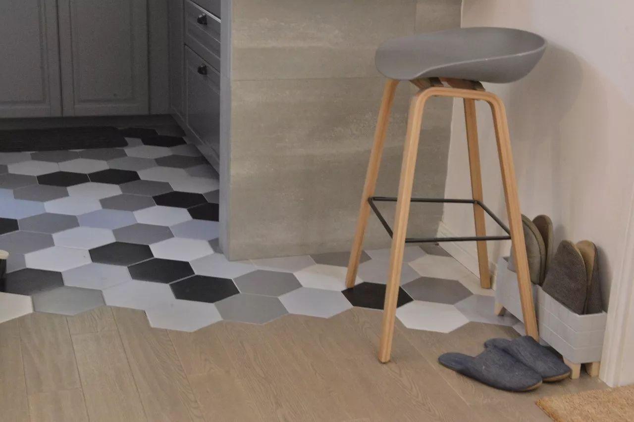 tip  :木地板和六角砖的拼接