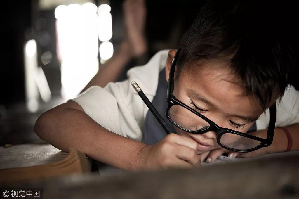 中国大学生家庭出身调查研究:寒门难出贵子?