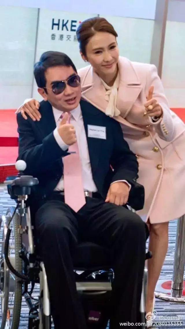 她身价十亿,拯救半瘫弟弟,从TVB花旦到女总裁,成就了最美的自己!