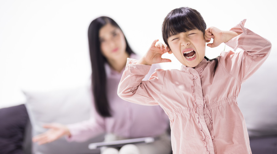 寶寶膽小自卑?都跟父母這5種行為有關,現在知道還不算晚!