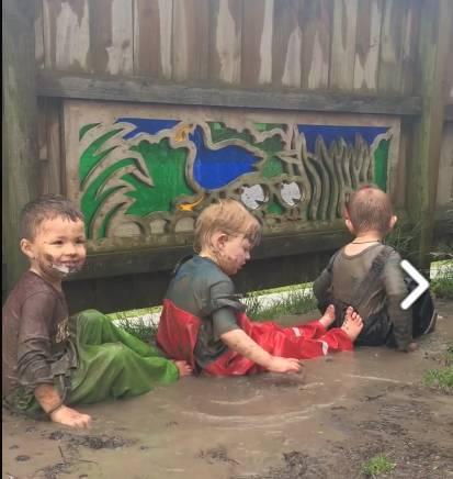 国外幼儿园小朋友居然这样玩,要是在国内,不敢想!图片
