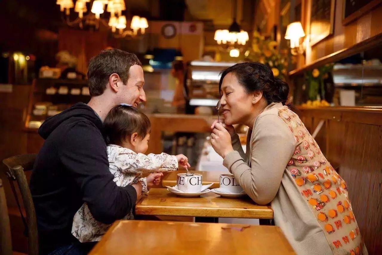 扎克伯格又休陪产假,全世界最忙的爸爸,给了女儿最好的陪伴