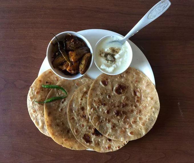 印度人吃饭真的用手抓吗?