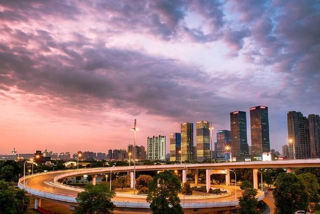 2018中國城市最新分級,108座城市角逐一二三線城市總排名