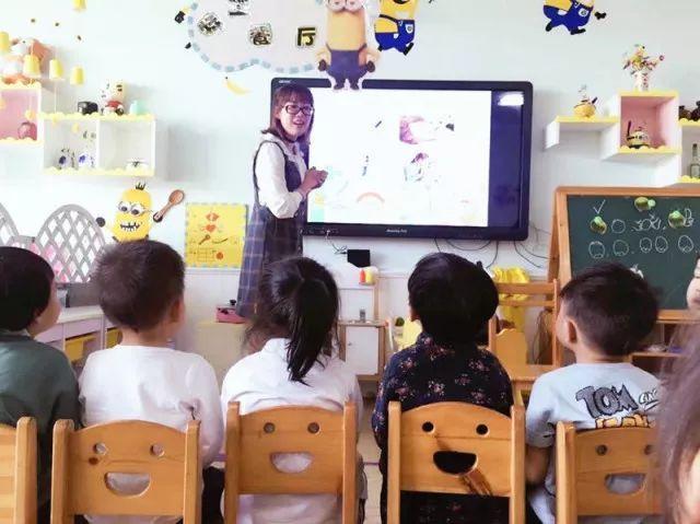 家园携手为童年添彩龙湾区东方明珠幼儿园技法助教v家园西茜家长图片