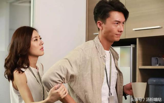 娱乐 正文  唐诗咏出演《不懂撒娇的女人》与王浩信合作,两人在剧中