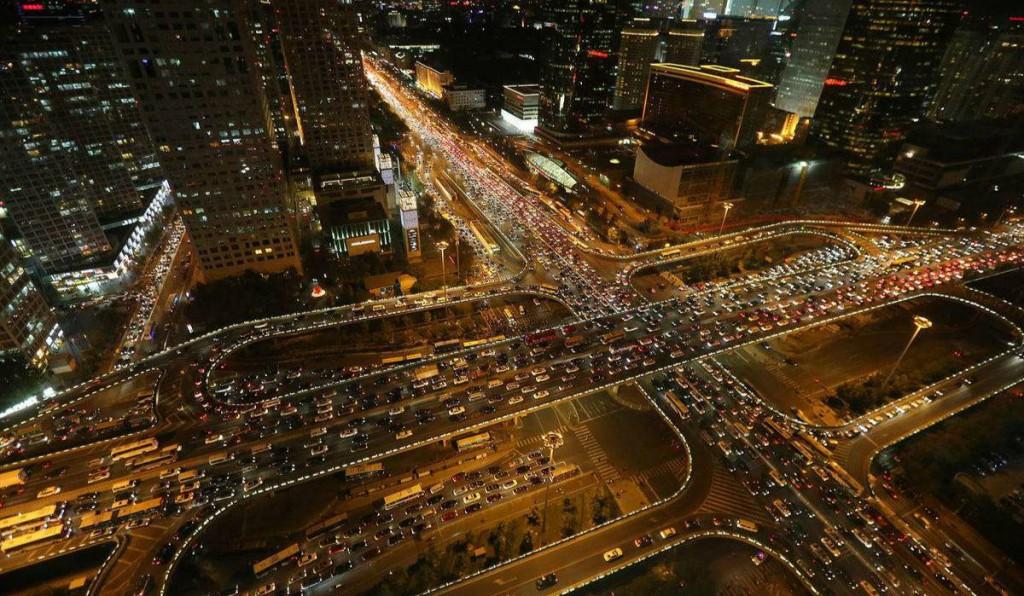 高德发布2017年度交通报告:全城市拥堵趋势下降,老牌堵城纷纷退出前十