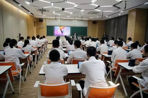 晋江市养正中学2017年教育十件大事图片