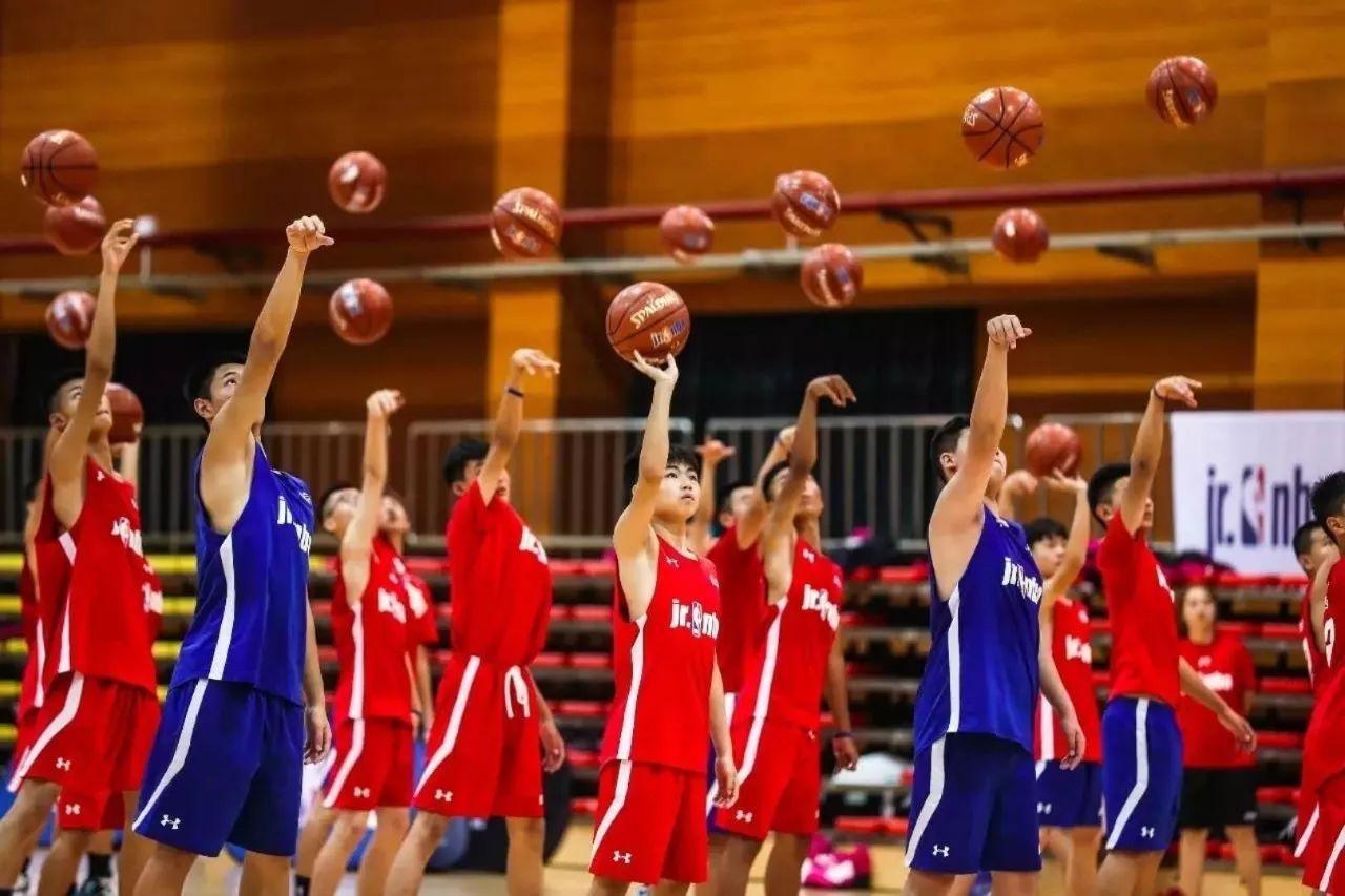 上海市学生篮球冬令营开始招生
