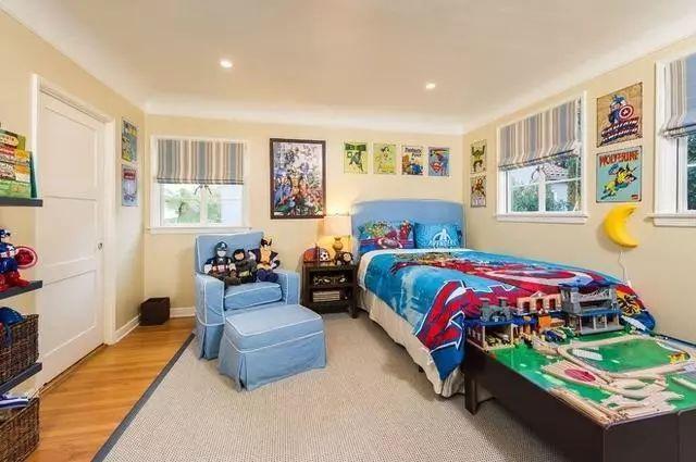 男生卧室装修效果图,有品味的男人都喜欢的卧室装修!图片