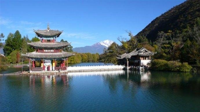 """感受古城的美,还可以去寻找那位在丽江走红的美女""""夏夏"""".图片"""