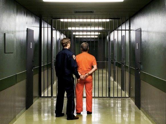 犯罪的人什么时候会再被逮捕?居然有算法研究这个!