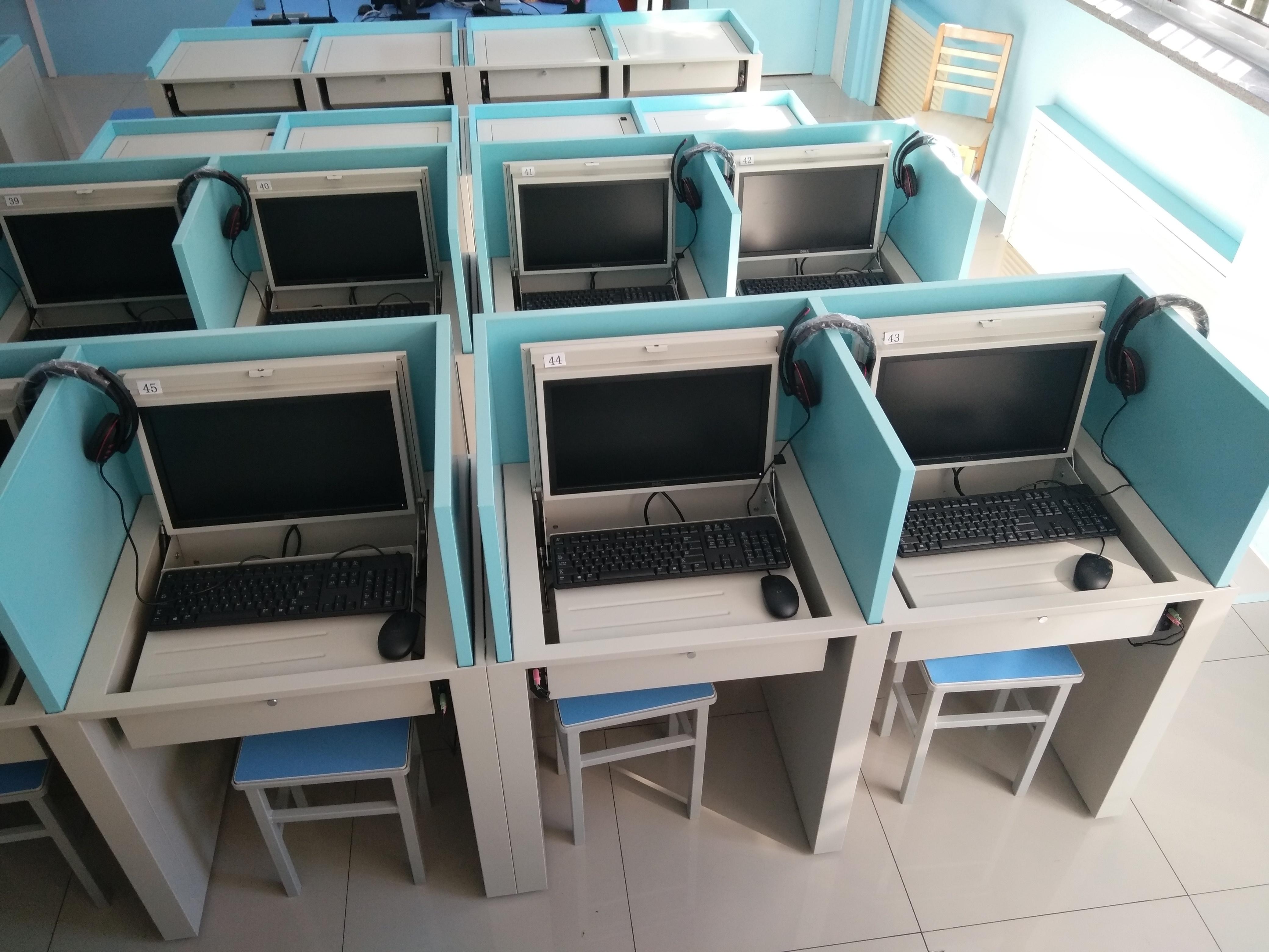 供应电动升降屏风电脑桌液晶屏翻转电脑桌厂家