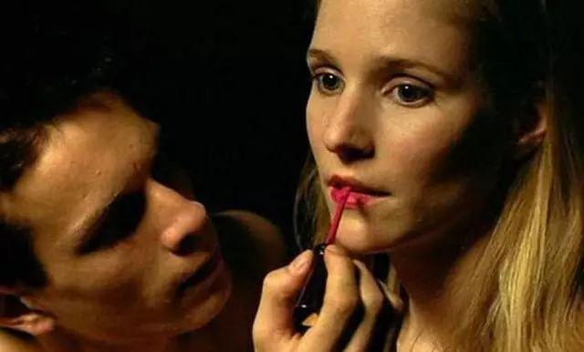 艳照门性高潮囹?a_一                    而另一些女性则渴望较少,性高潮不那么容易,和
