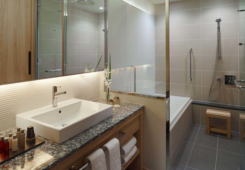 6,防跑路 浴室透明的设计可以看到房间里的状况,既能降低财产损失的图片