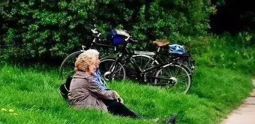 Rose【退休了,到底住哪儿好?这篇文章点醒百万退休人,必读!】(7727) - Rose - Rose Yang的博客