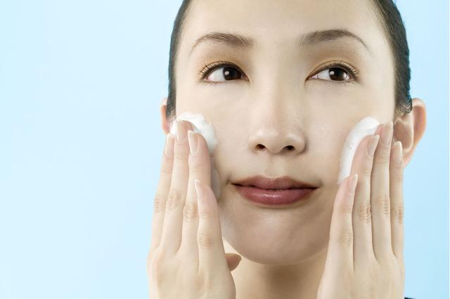 敏感肌怎么护理,该怎么分步骤护理肌肤