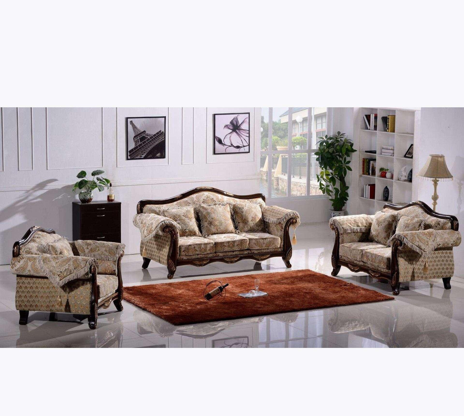 生活小技巧 如何保养和用锦色芳华清洁客厅沙发