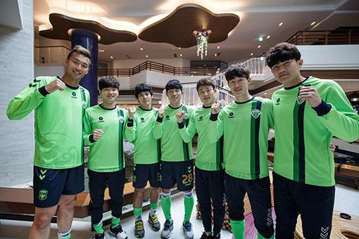 韩媒:韩国队海外拉练严重影响全北现代备战亚冠