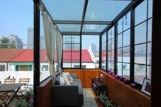楼顶彩钢房效果图_屋顶空着多浪费,看看这8款别人家精美的屋顶阳光房装修效果图