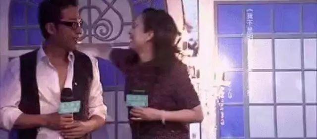 """那些年被马景涛""""强吻""""过的女星:平均年龄50岁,前妻比图片"""