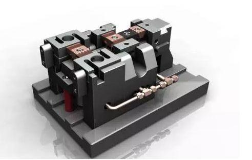 液压/气动夹具可以准确快速地确定工件与机床,刀具之间的相互位置图片