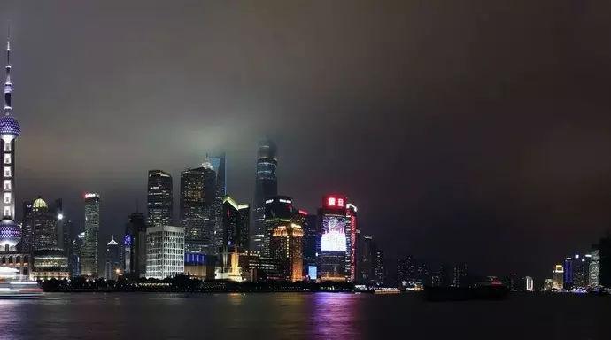 2018上海常驻人口_2018上海市常住户口管理规定再次修订新规5月1日起实施