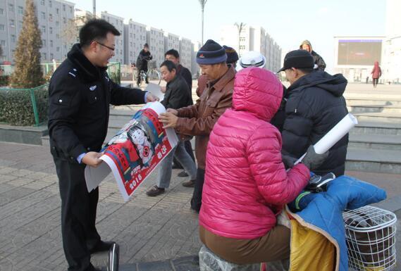 交警大队宣传工作_原平市公安局交警大队积极开展道路交通安全宣传活动