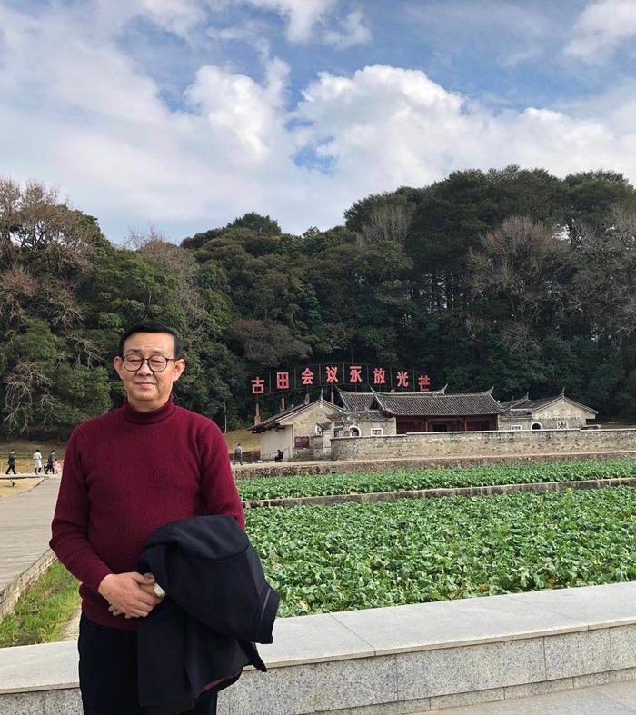 中国当代著名书法家南华东的艺术人生