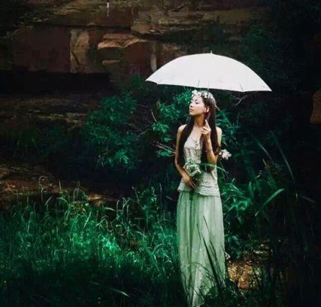 这个高颜值95后太原女孩,选择隐居山林!诗意不只在图片