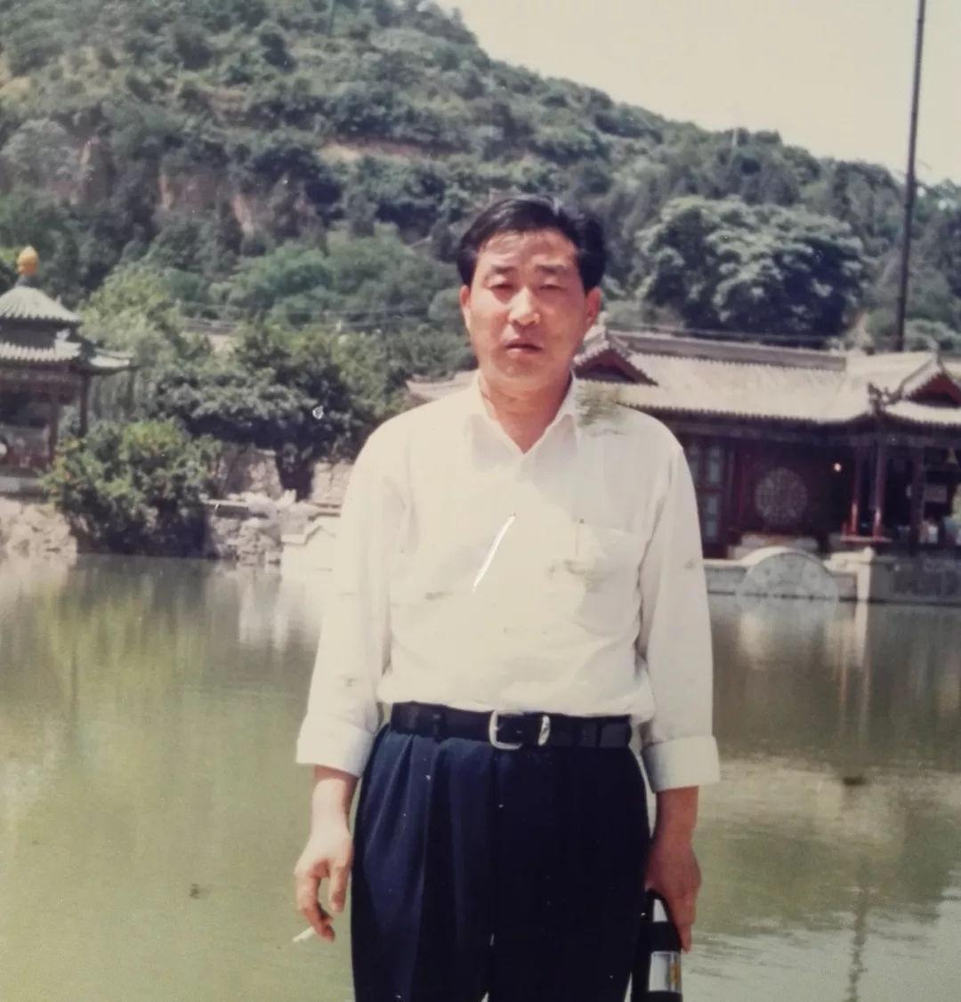 墨宝收藏签约艺术家:中国书画家协会理事李学光