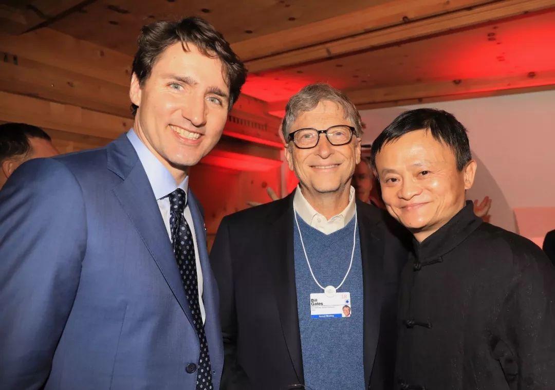 骗了中国人5000亿的罪犯,竟然出家当和尚了!丑陋一幕..._腾讯网