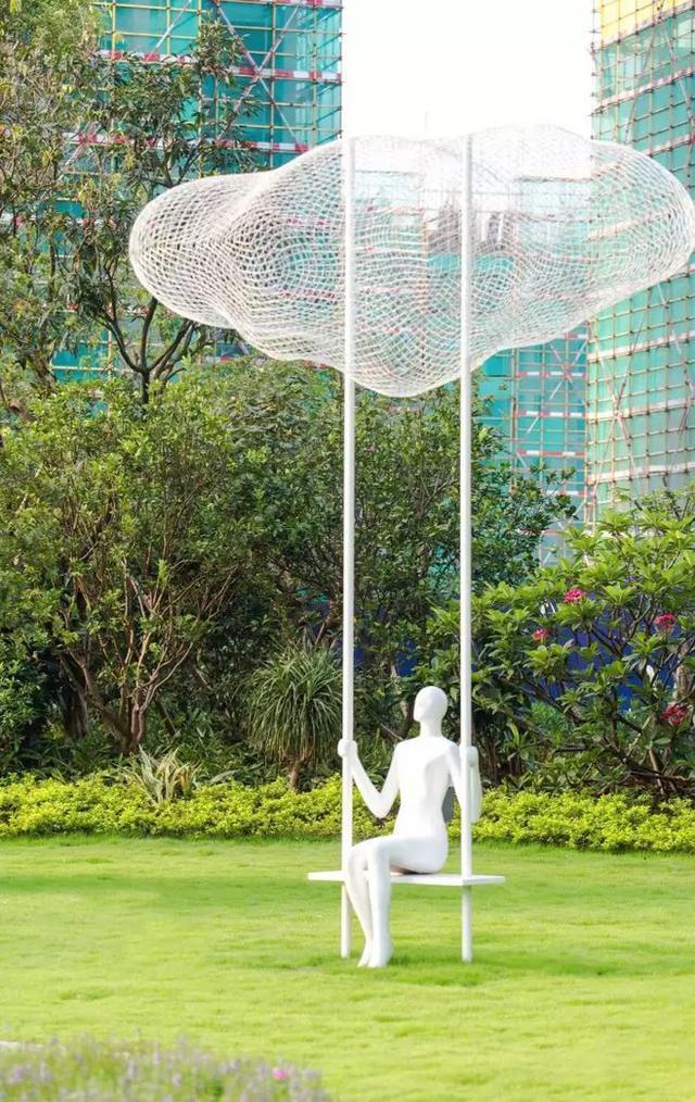 室外景观小品很多时候特指公共艺术品.图片