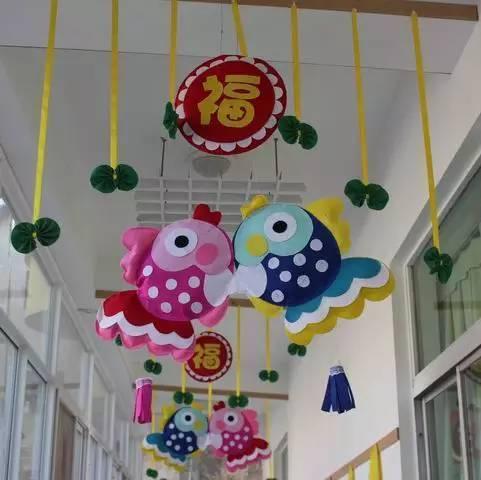 幼儿园新年走廊,手工吊饰,环创布置!