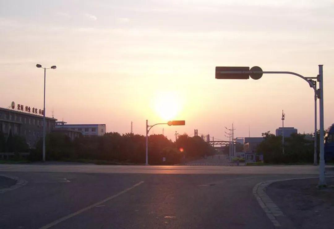 2009年7月4日_2009年7月4日,花园路和津歧公路十字路口.