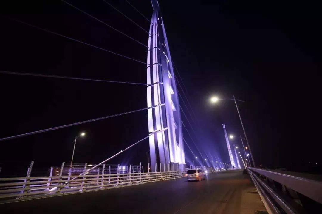 有关珠港澳大桥穿梭巴士却一直悬而未决-港珠澳大桥穿梭巴士车型曝光
