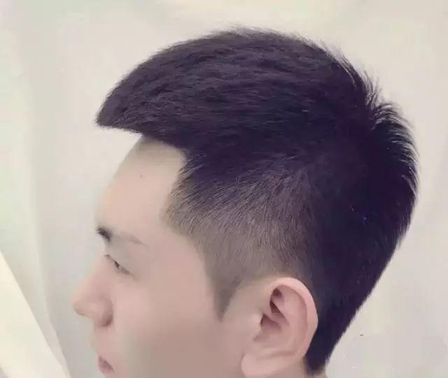 几个适合单眼皮男生的发型,妥妥的逆袭图片