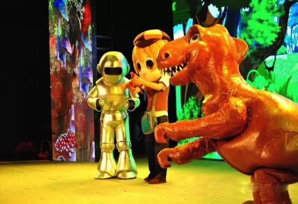 恐龙化��-a9��_最终,邪不压正:憨憨原谅了龙威,食草恐龙与食肉恐龙化敌为友,龙小飞圆