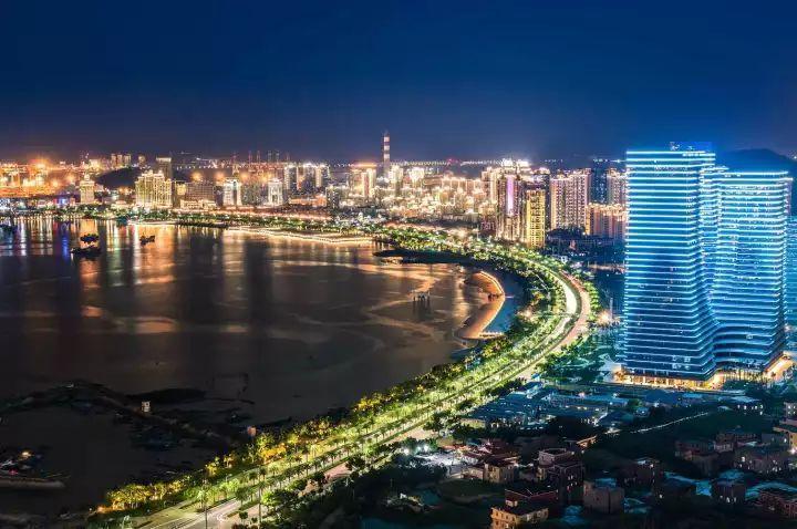 厦门经济总量2018_厦门经济中心图片