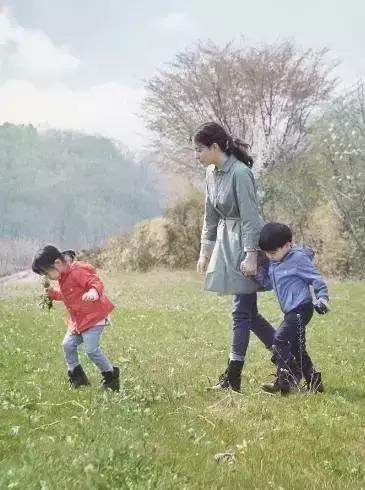 大长今变农妇!李英爱全家隐居山林,却过上90%的人都想要的生活