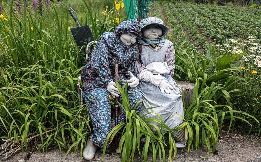 影像 | 你相信吗?村子里稻草人偶数量比实际村民多了10倍!