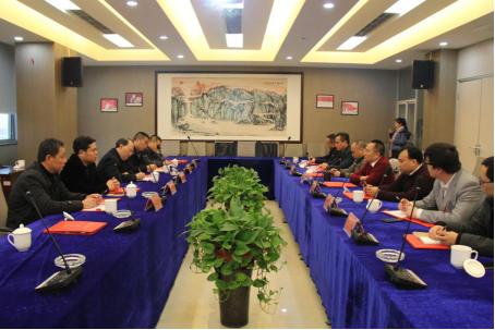 宜宾县县委书记丁应虎率队考察北新大弘集团