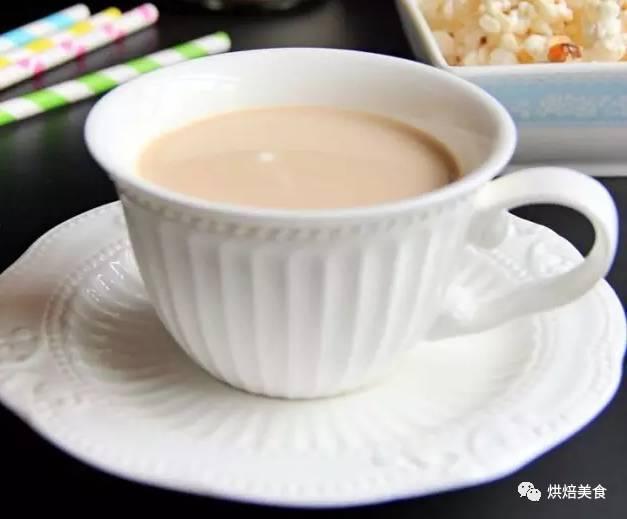 窝在家 自制一杯红枣奶茶