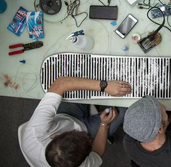 可编程LED板底雪板(图2)