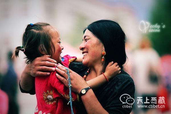 为什么说去西藏,千万不要摸小孩子的头